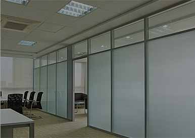 进行办公隔断的材料有着怎样的特点呢?