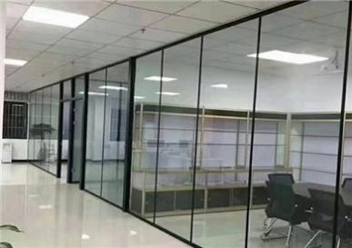 进行办公室玻璃隔断需要其具备那些功能?